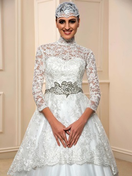 Modest Sheer Lace High Neck Indian Muslim Wedding Dress with Hijab