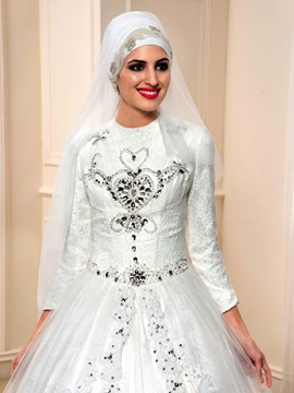 Beaded Lace Long Sleeve Muslim Wedding Dress with Long Train