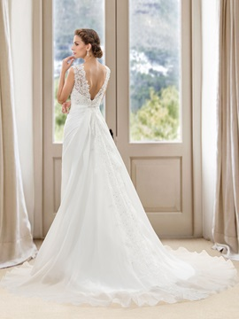 Jewel Neck Lace Appliques Ruched Long Wedding Dress