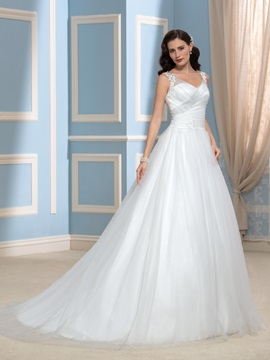 V-Neck Appliques Lace Tulle A-Line Court Train Wedding Dress