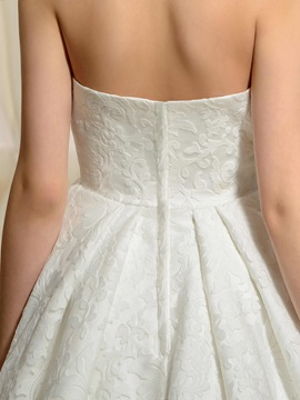 Simple Strapless A-Line Floor-Length Lace Wedding Dress