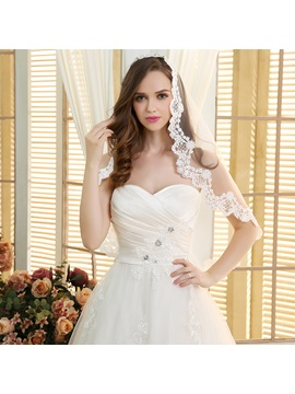 Ruched Sweetheart Lace Appliques Ball Gown Wedding Dress