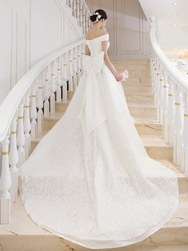 Modest Off The Shoulder Lace A Line Wedding Dress
