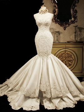 Appliques Tiered Mermaid Wedding Dress (necklace not included)