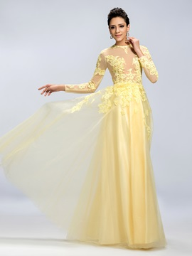Vintage A-Line Jewel Neckline Long Sleeves Appliques Long Evening Dress