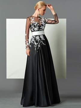 Delicate A-Line Jewel Neck Long Sleeves Appliques Floor-Length Evening Dress