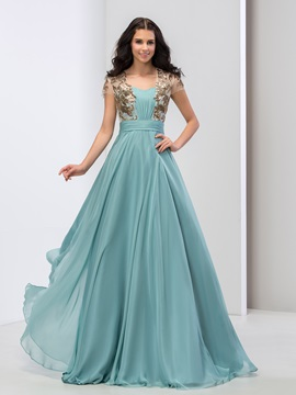 Sweetheart Sequined Appliques Pleats Prom Dress