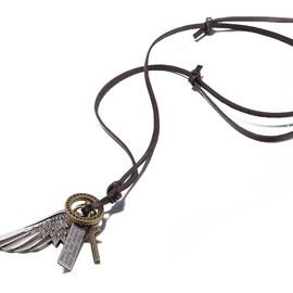 Retro Alloy Wing Pendant Necklace
