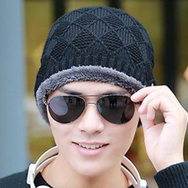 Rhombus Design Thick Men's Knitted Hat