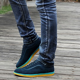 Color Block Sole Lace-Up Seakers