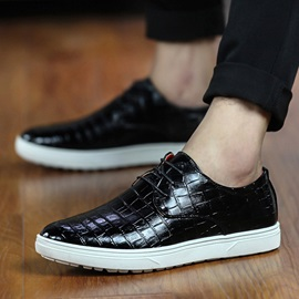 Embossed Round Toe Lace-Up Men's Sneakers