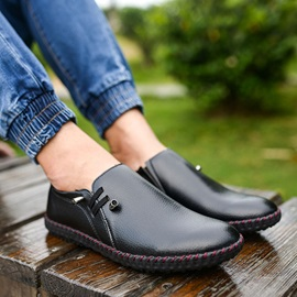 PU Thread Round Toe Slip-On Driving Shoes