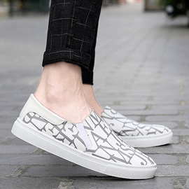 Letters Printed Slip-On Skater Shoes