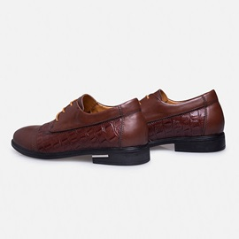 Embossed Lace-Up Men's Brogue