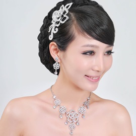 Grand Flower Shaped Alloy With Rhinestone Wedding Bridal Jewelry Set(Including Headwear, Necklace and Earrings)