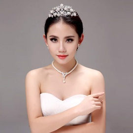 Eye-catching Pearl Alloy Wedding Jewelry Sets (Including Tiara, Earrings, and Necklace)