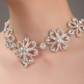 Flower Shaped Alloy and Rhinestone Necklace-HC