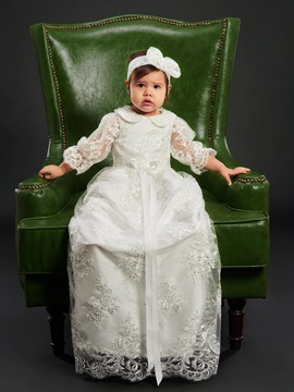 Turn-down Collar Sashes Sleeves Lace Appliques Girls Christening Gown
