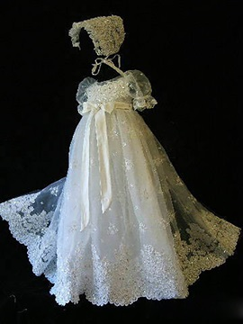 Short Sleeves Appliques Christening Gown With Bonnet