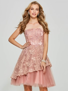 Exquisite A-Line Strapless Lace Backless Short Homecoming Dress