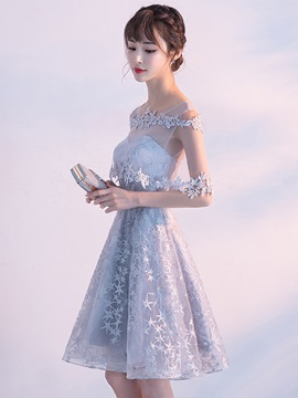 A-Line Off-the-Shoulder Lace Appliques Homecoming Dress