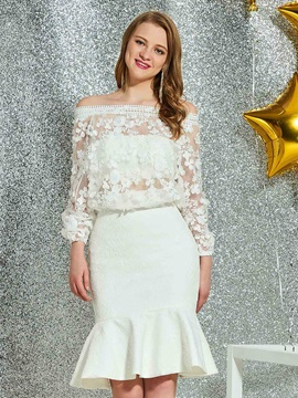 Off-The-Shoulder Knee-Length Lace Trumpet Homecoming Dress 2019