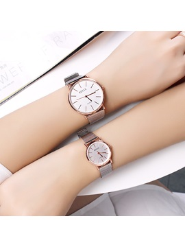 Hot Sale Smooth Glass Analogue Waterproof Couple's Watch