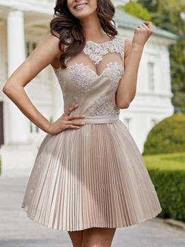 A-Line Appliques Sleeveless Scalloped-Edge Cocktail Dress