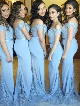 Off-The-Shoulder Mermaid Lace Button Bridesmaid Dress 2019