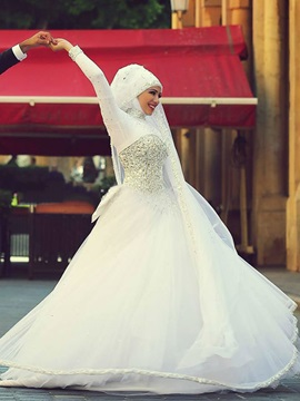 Beading Ball Gown Long Sleeves Muslim Wedding Dress