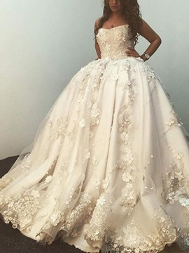 Vintage Strapless Appliques Ball Gown Wedding Dress 2019