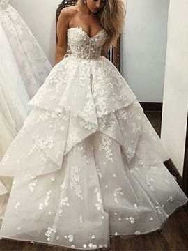 Sweetheart Appliques Tiered Hall Wedding Dress 2019