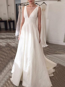 Sleeveless A-Line Bateau Floor-Length Garden Wedding Dress 2019