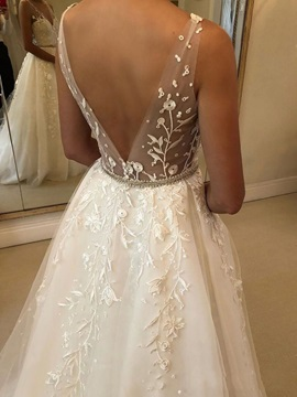 V-Neck Beading Embroidery Lace Wedding Dress 2019