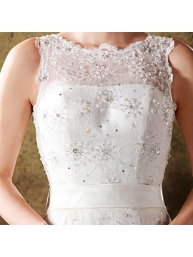 Grand Mermaid/Trumpet Scoop Strapless Lace Wedding Dress
