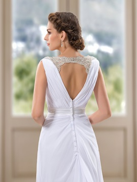 Simple Style Beaded V-Neck White Beach Wedding Dress