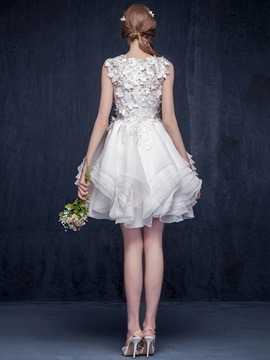 Chic Floral Lace Top Tiered Ruffles Short Wedding Dress