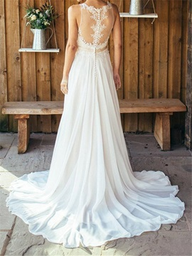 Charming Appliques Button Beach Wedding Dress
