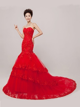 Luxurious Sweetheart Appqulies Tiered Tulle Red Mermaid Wedding Dress