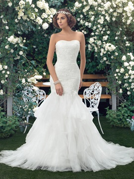 Elegant Strapless Lace Bodice Floor Length Ivory Mermaid Wedding Dress