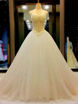 Luxurious Strapless Pearls Lace-Up Wedding Dress
