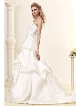 Pretty A-Line Sweetheart Embroidery & Pick-ups Court Train Dasha's Wedding Dress