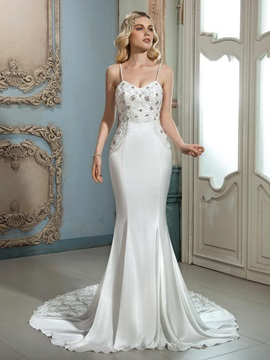 Charming Spaghetti Straps Beaded Lace Trumpet/Mermaid Wedding Dress