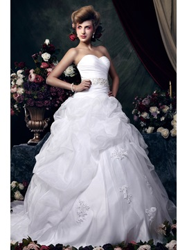 Awesome Ball Gown Sweetheart Chapel Train Ruched &Beaded Zaraiska