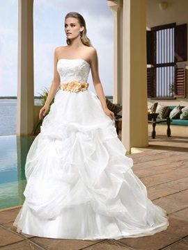 Sumptuous Strapless Appliques Beading Flowers Court Train Pick-ups Wedding Dress