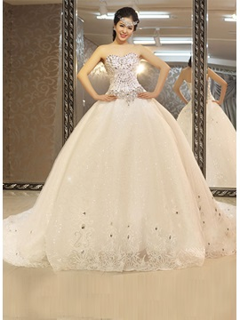 Luxury Beadings Chapel Train Ball Gown Wedding Dress