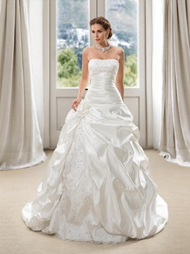 Strapless Floor Length Pick-ups Appliques Ball Gown Wedding Dress