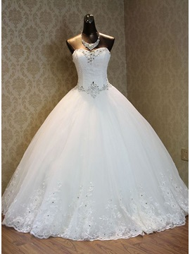 Sweetheart Beading Ball Gown Appliques Wedding Dress