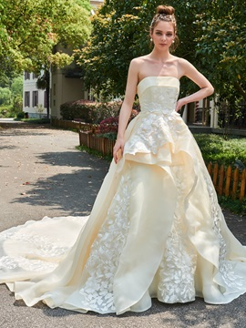 Vintage Strapless Appliques Ball Gown Wedding Dress