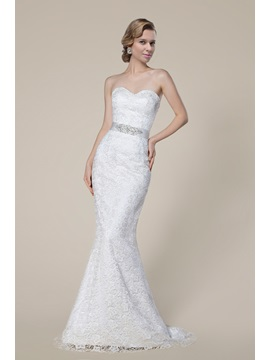 Graceful Strapless Sweetheart Beading Lace Floor Length Wedding Dress